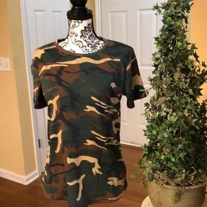 Tops - Soft Camo Tee. Large. New Cotton/poly